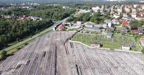 Na placu budowy farmy fotowolticznej 5 MW w Jaworznie